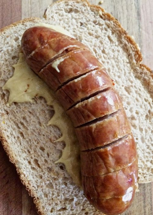 SlicedSausageSandwich