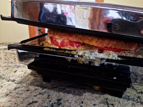 Overflowing-Grilled-Cheese