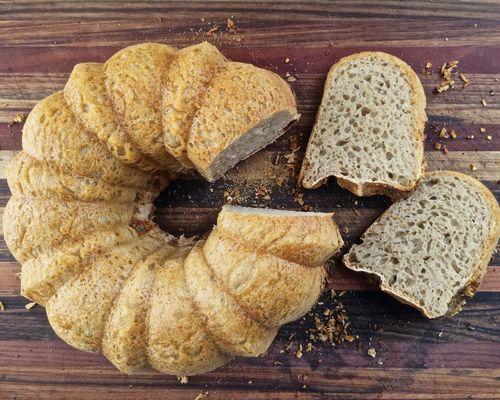 Bundt-Bread-Sliced