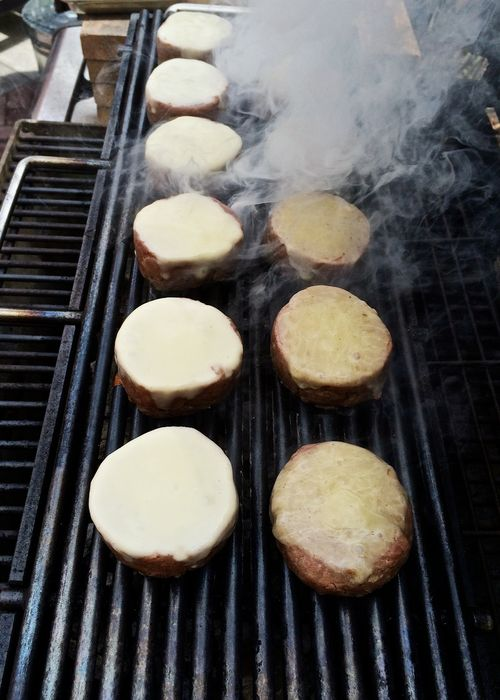 Grilling-Melted-Cheese-Burgers