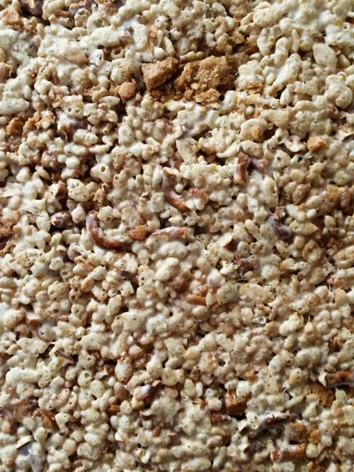 Brown-Butterfingers-Pretzel-Krispies
