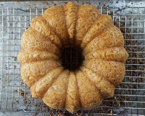 Bundt-Bread-Cooling